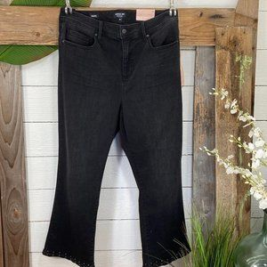 NYDJ Curves 360  NWT High Waist Black Denim